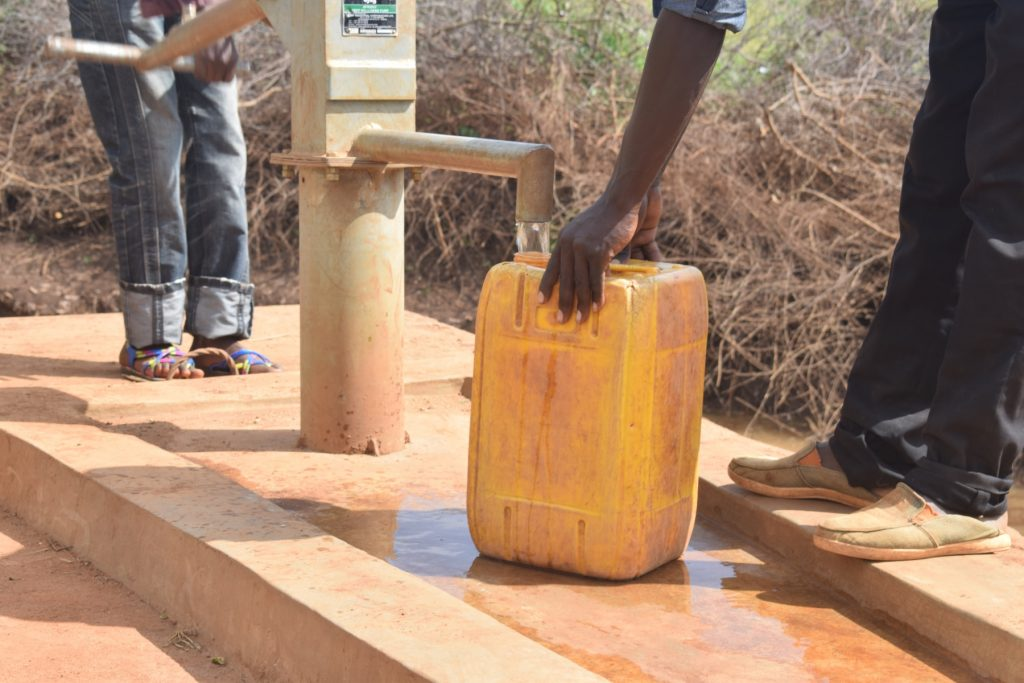 The Water Project : kenya4763-reliable-water