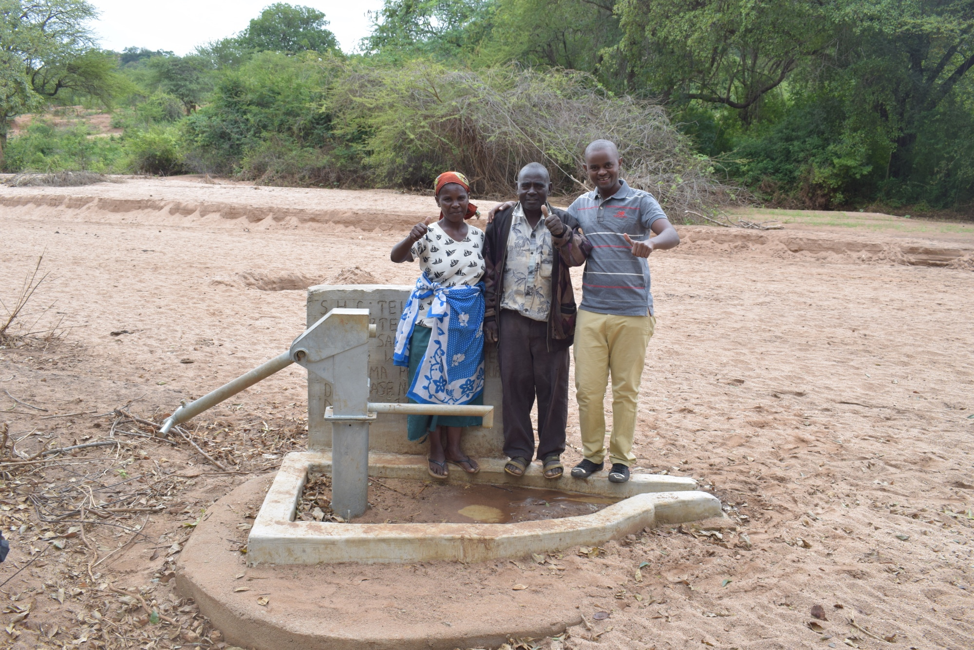 The Water Project : kenya4772-thumbs-up