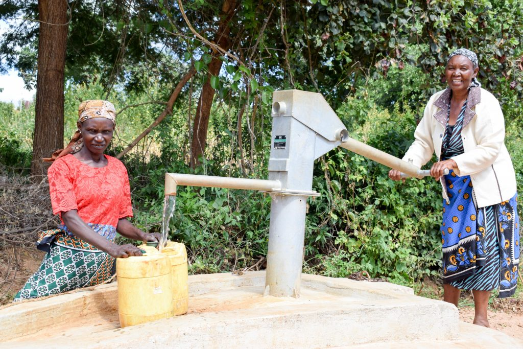 The Water Project : 1-kenya4767-a-year-with-water