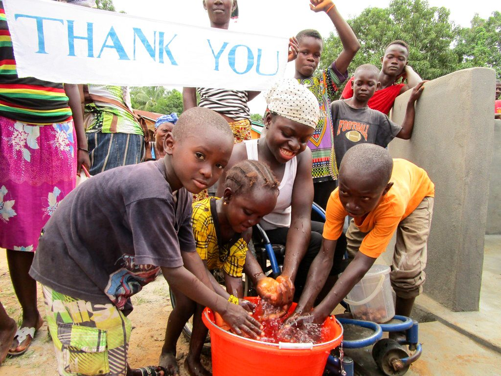 The Water Project : 27-sierraleone18269-clean-water