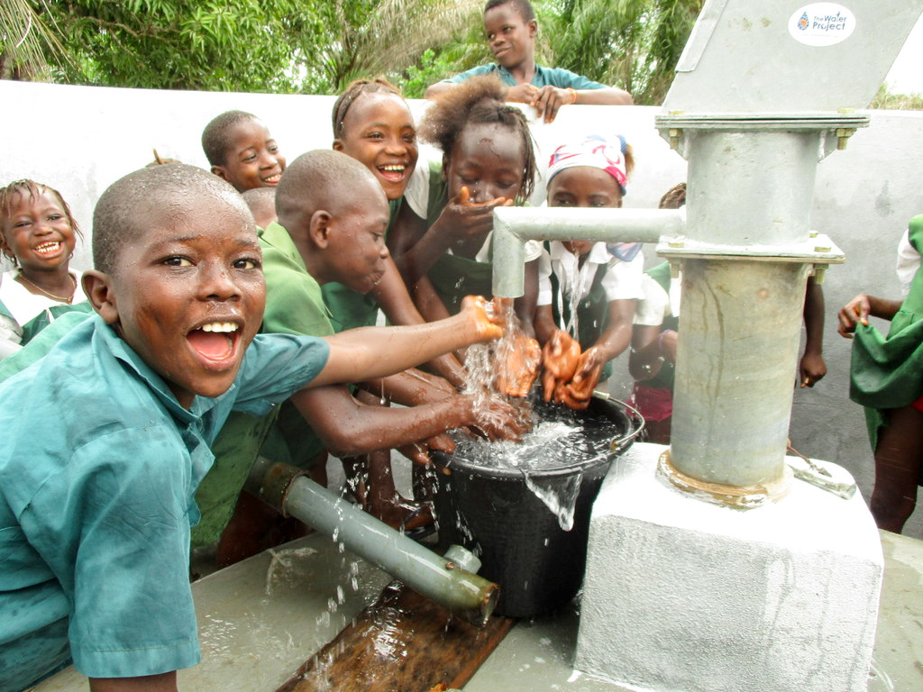 The Water Project : 29-sierraleone18267-flowing-water