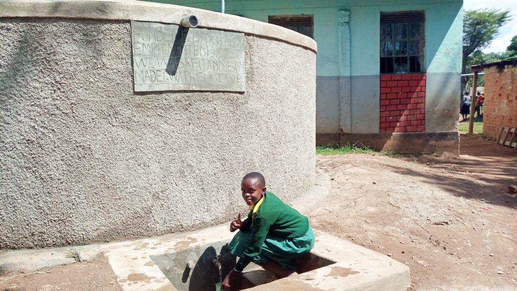 The Water Project : 30-kenya18058-finished-tank