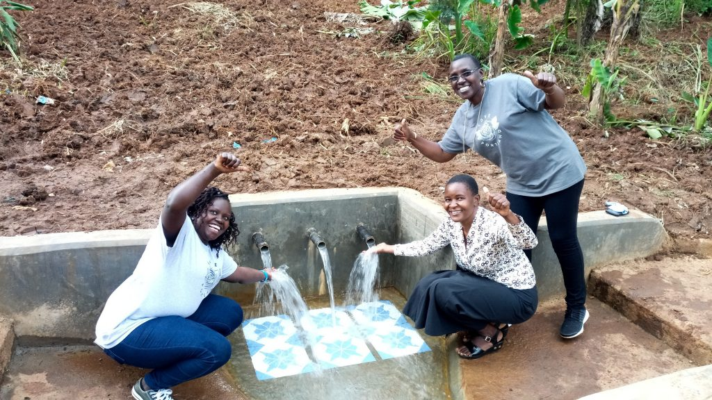 The Water Project : 30-kenya18168-flowing-water