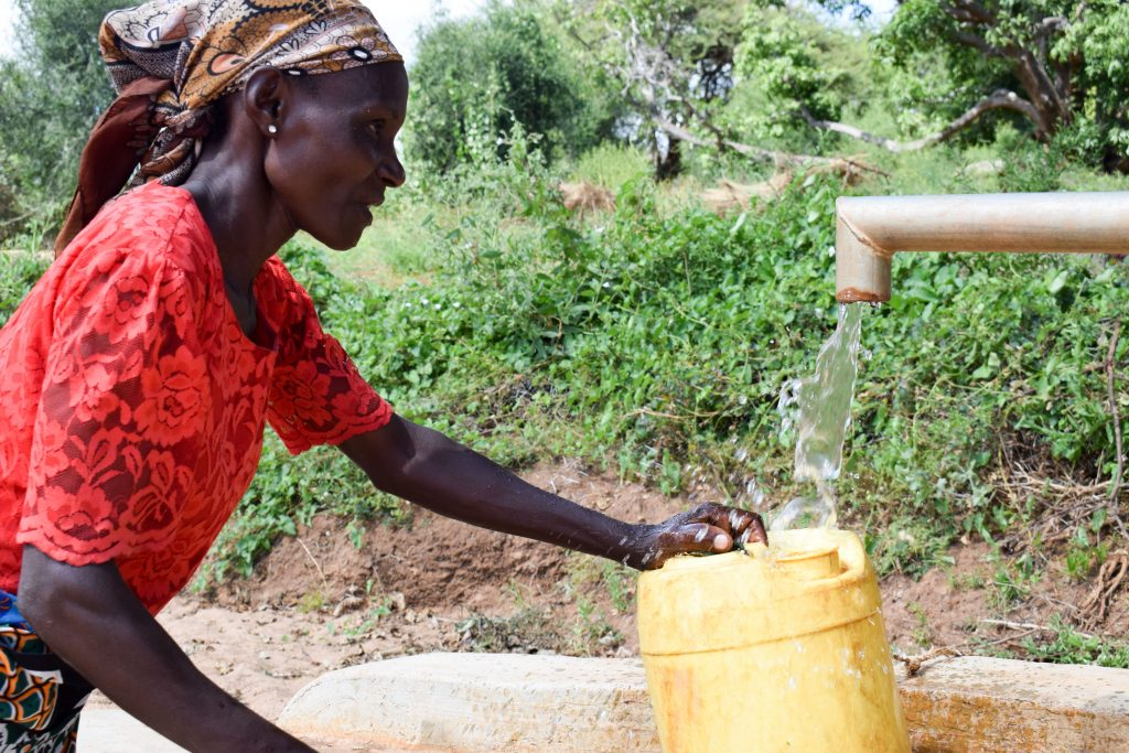 The Water Project : 5-kenya4767-a-year-with-water