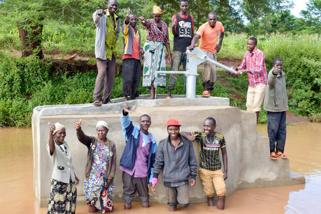 The Water Project : 7-kenya18213-finished-well