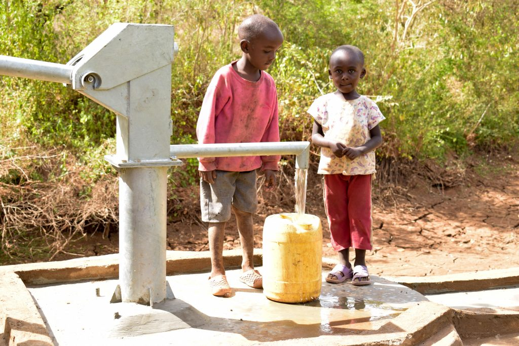 The Water Project : 8-kenya18200-finished-well