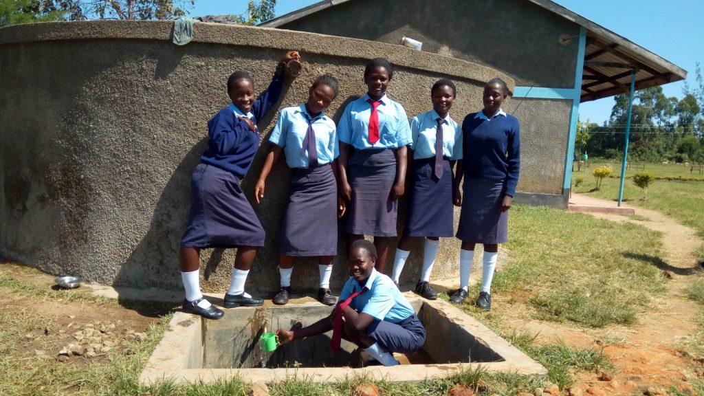 The Water Project : kenya4647-posing-at-the-tank
