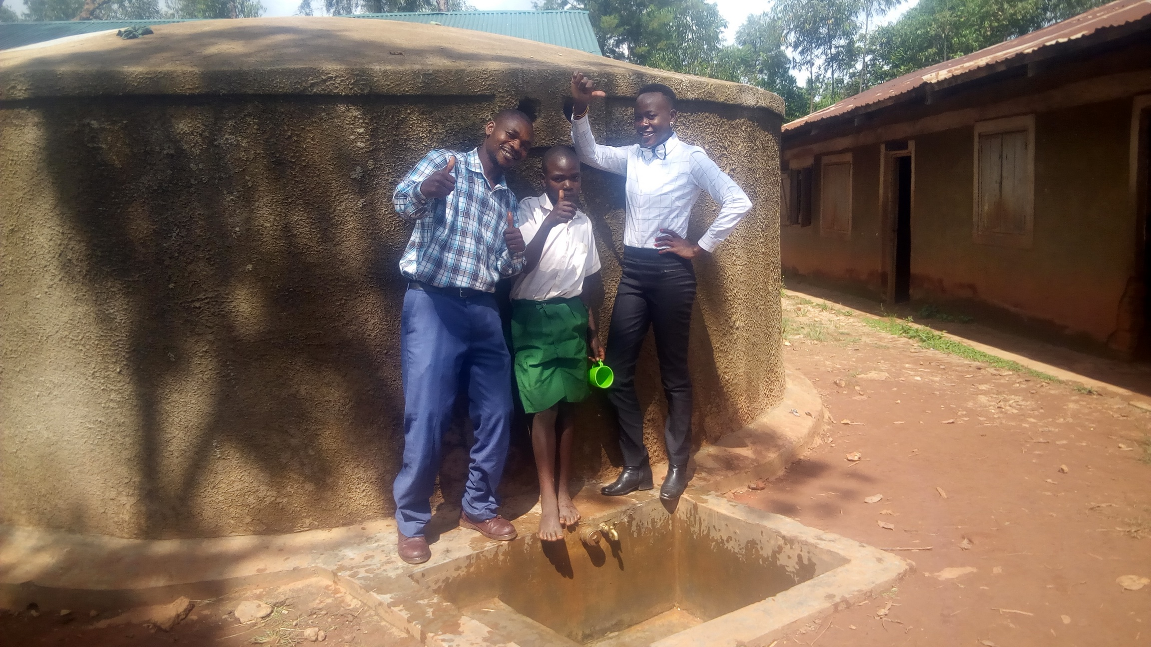 The Water Project : kenya4668-nicholas-emonyi-and-eunice-nyabera