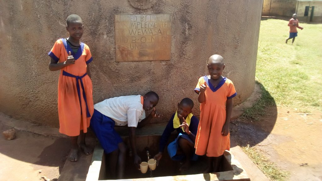 The Water Project : kenya4674-thumbs-up-for-reliable-water
