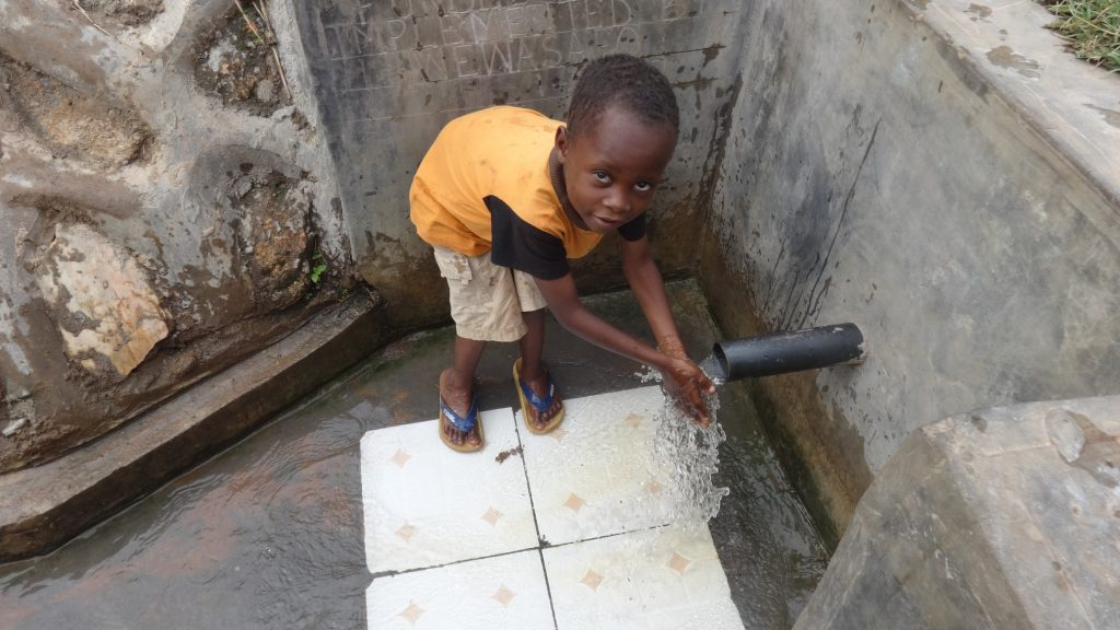 The Water Project : kenya4721-reliable-water