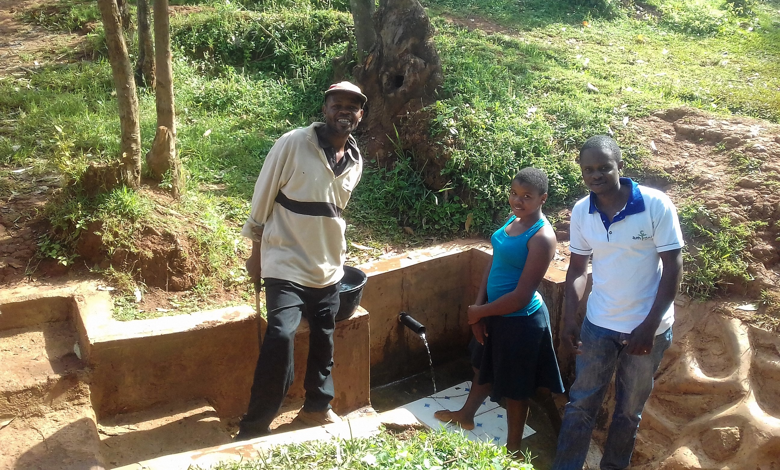The Water Project : kenya4724-bernard-elegwa-and-phoebe-mbone