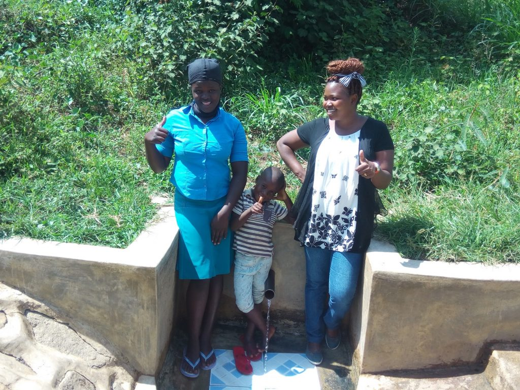 The Water Project : kenya4728-thumbs-up-for-safe-water