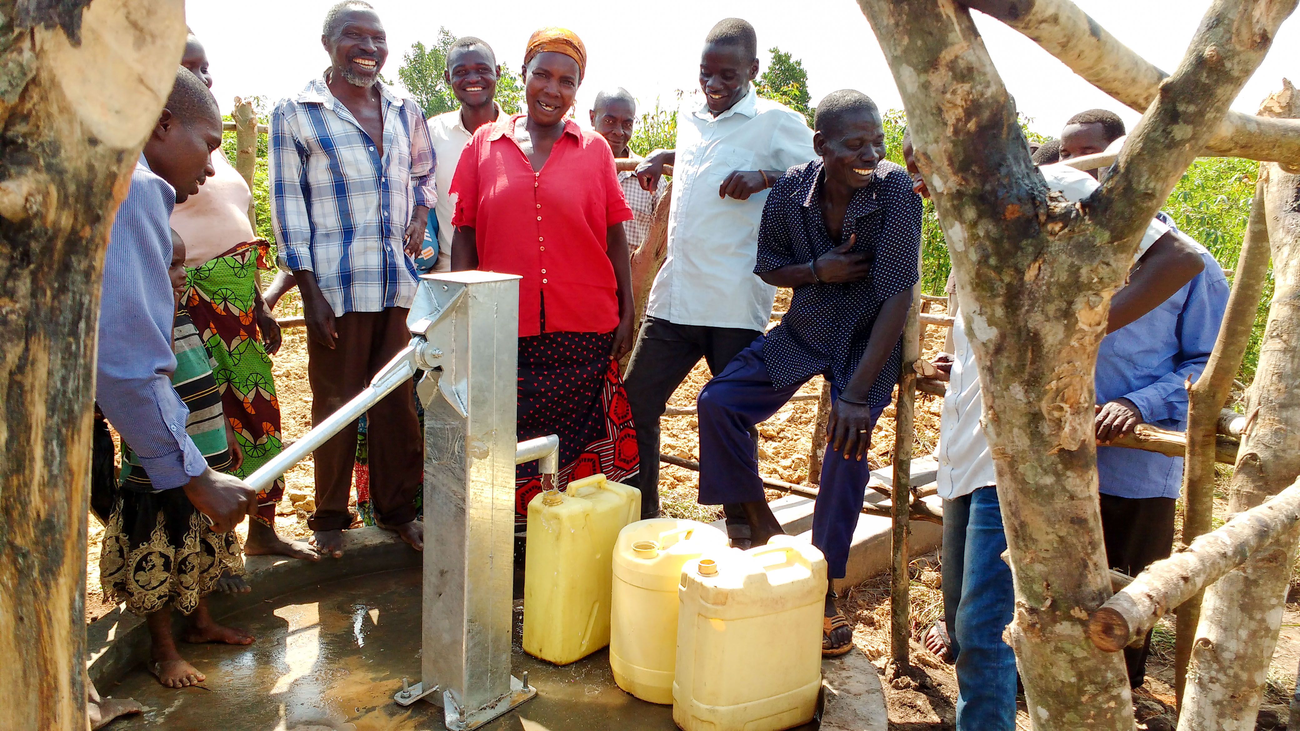 The Water Project : 15-uganda18291-safe-water-flowing