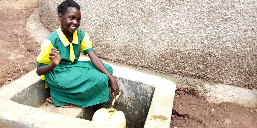 The Water Project : 24-kenya18065-flowing-water