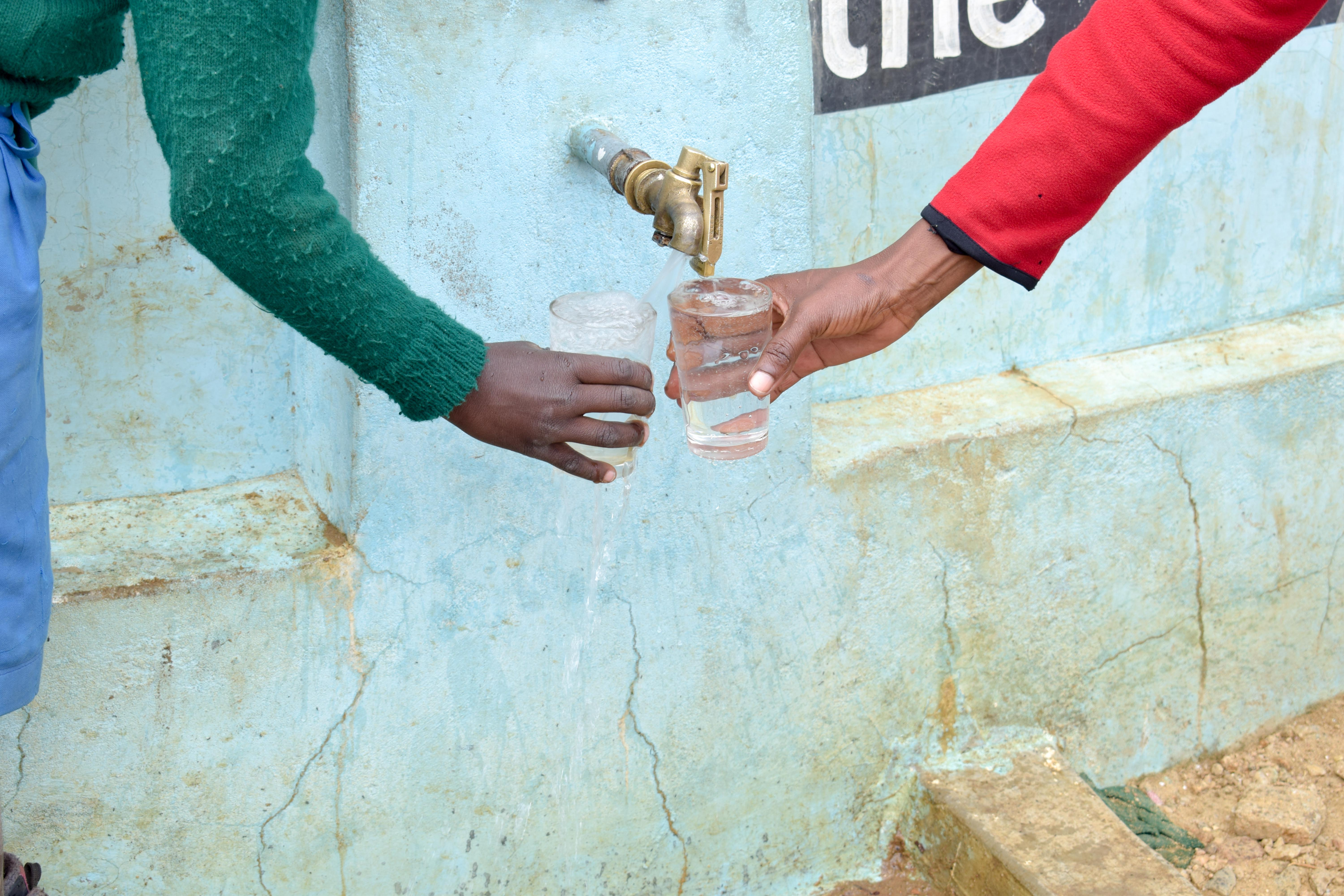 The Water Project : 3-kenya4798-a-year-with-water