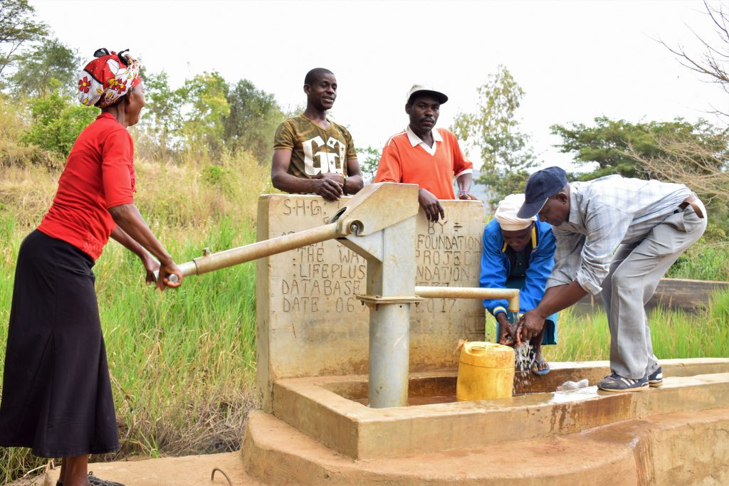 The Water Project : 4-kenya4862-a-year-with-water