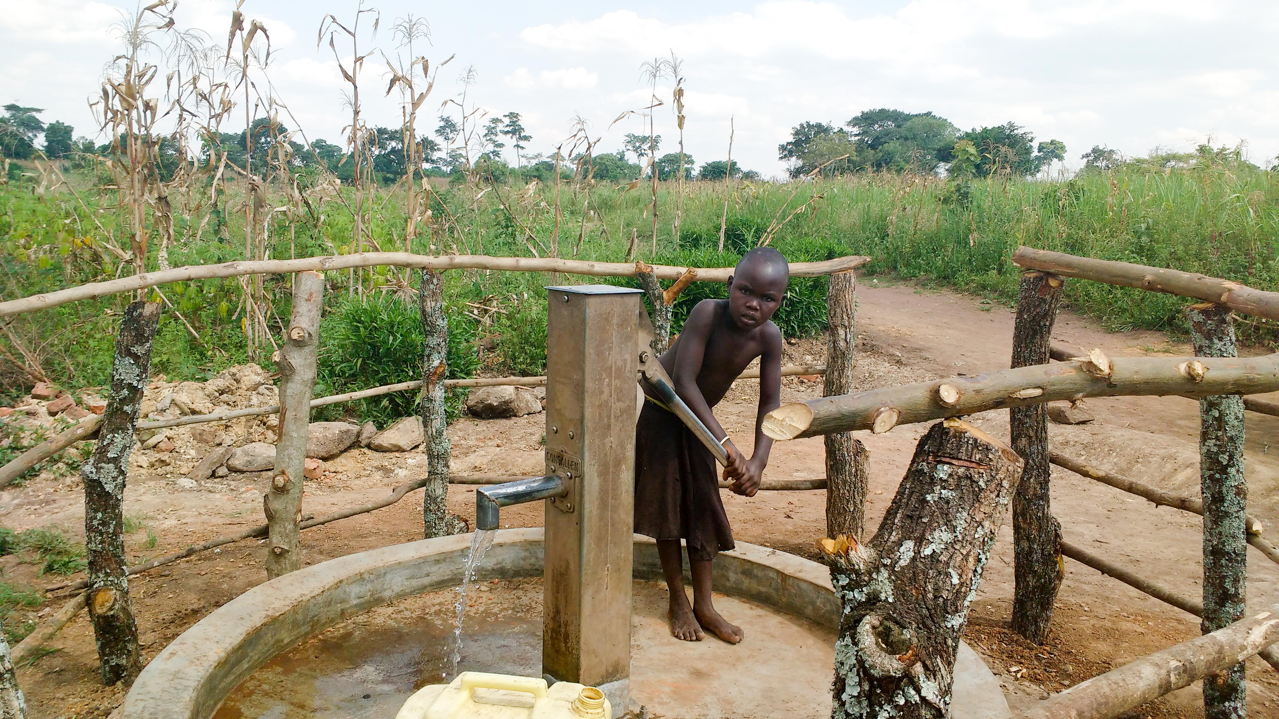 The Water Project : 5-uganda18299-finished-well
