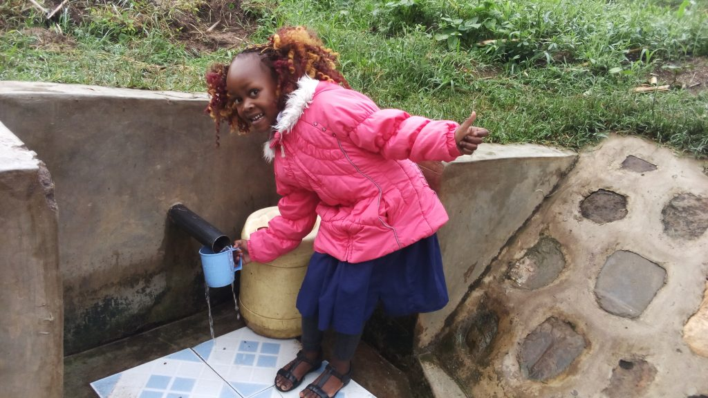 The Water Project : kenya4732-thumbs-up-for-reliable-water