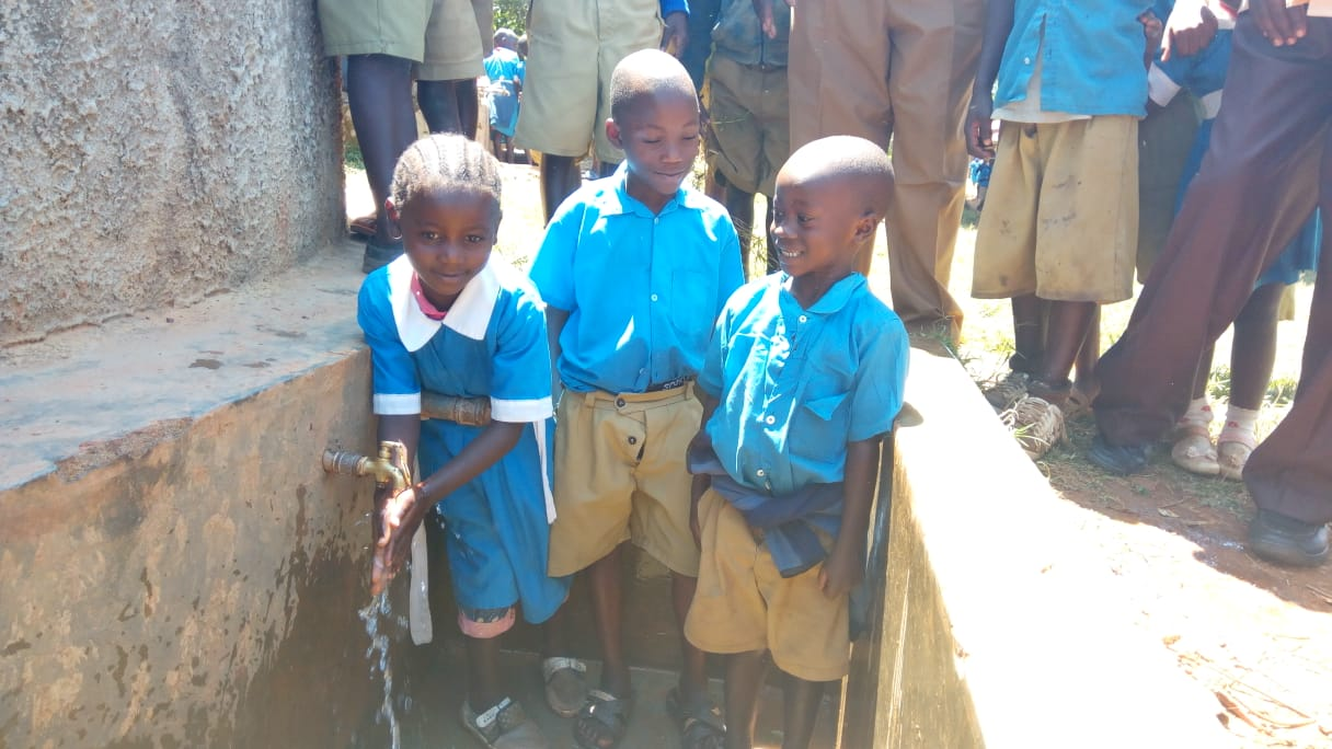 The Water Project : kenya4829-so-easy-even-young-children-can-use-it