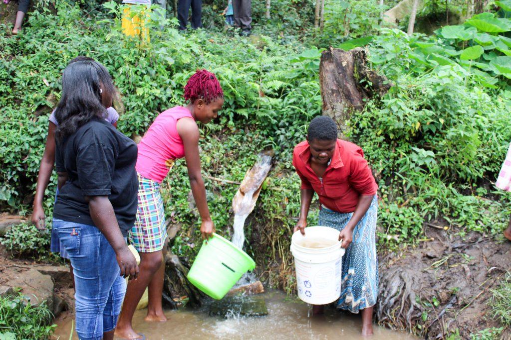 The Water Project : 12-kenya19085-visiting-khayati-spring