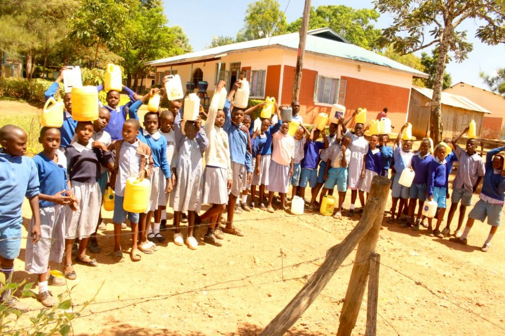 The Water Project : 14-kenya19005-students-with-water-containers