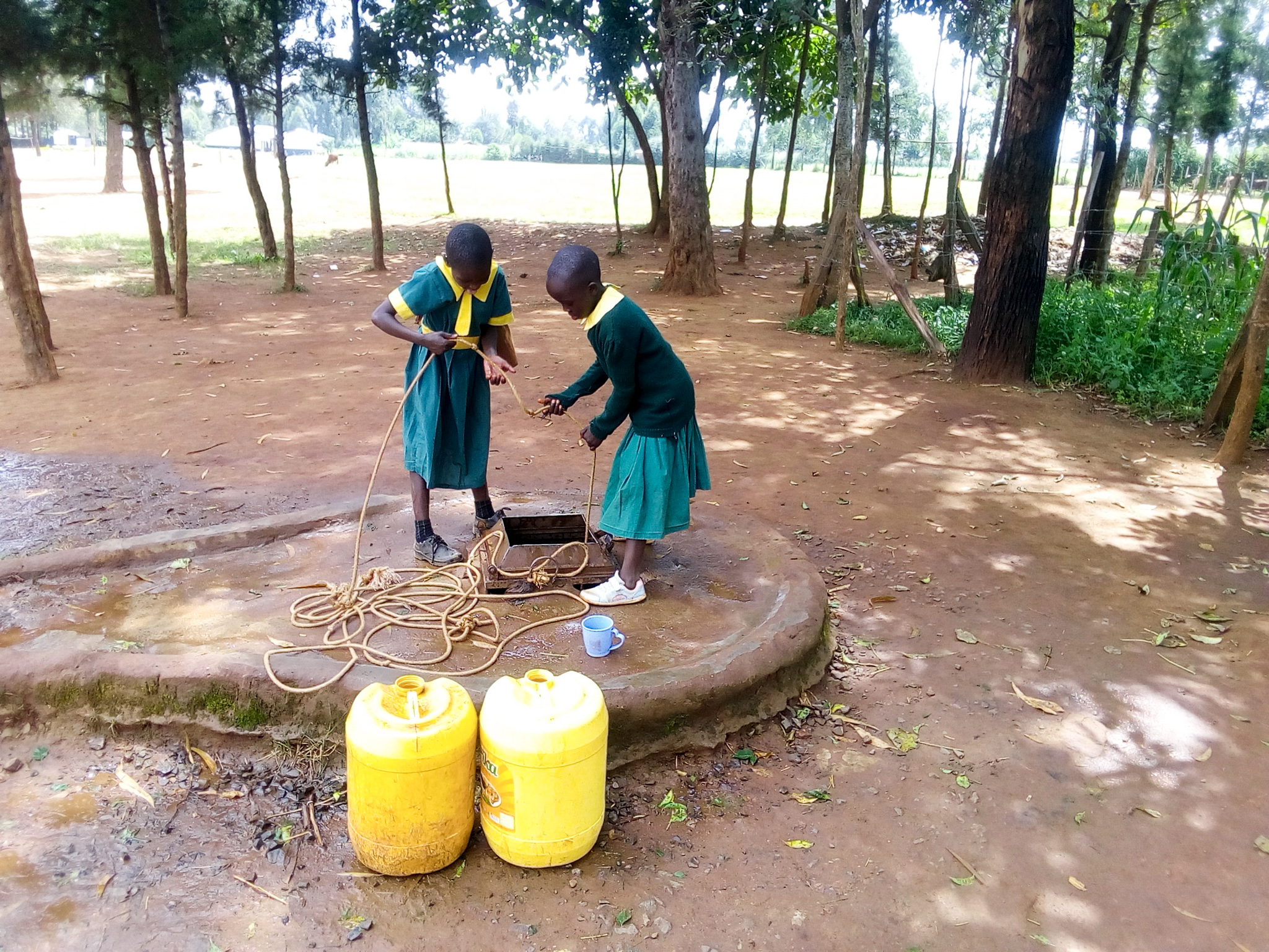 The Water Project : 8-kenya19006-fetching-water