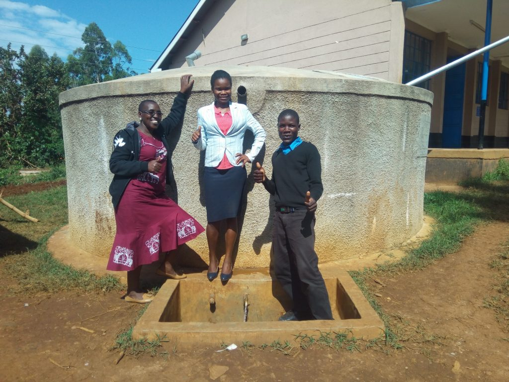The Water Project : kenya4670-thumbs-up-for-reliable-water