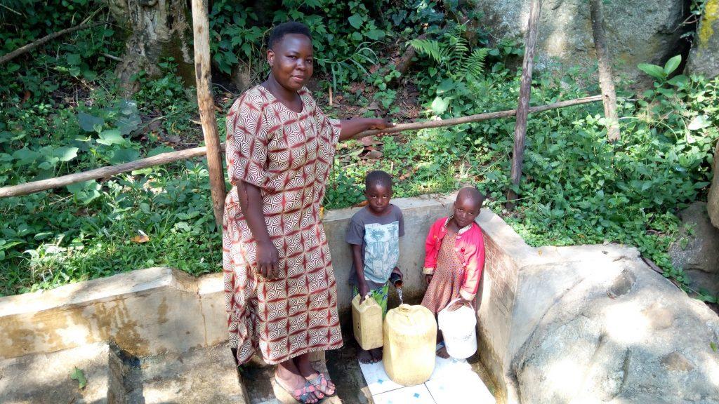 The Water Project : kenya4746-phanice-nashilove