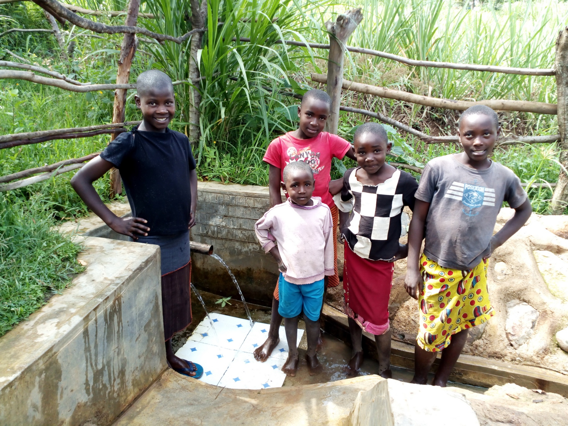 The Water Project : kenya4748-stella-anne-and-her-friends-at-the-spring