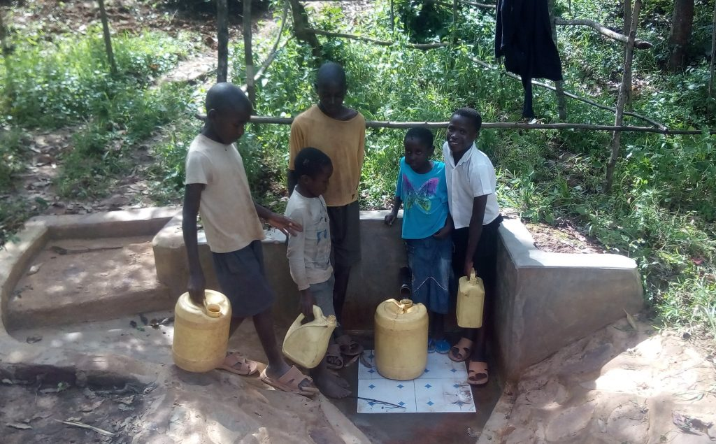 The Water Project : kenya4750-children-at-the-spring