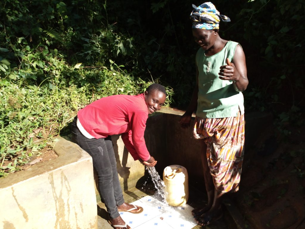 The Water Project : kenya4753-reliable-water