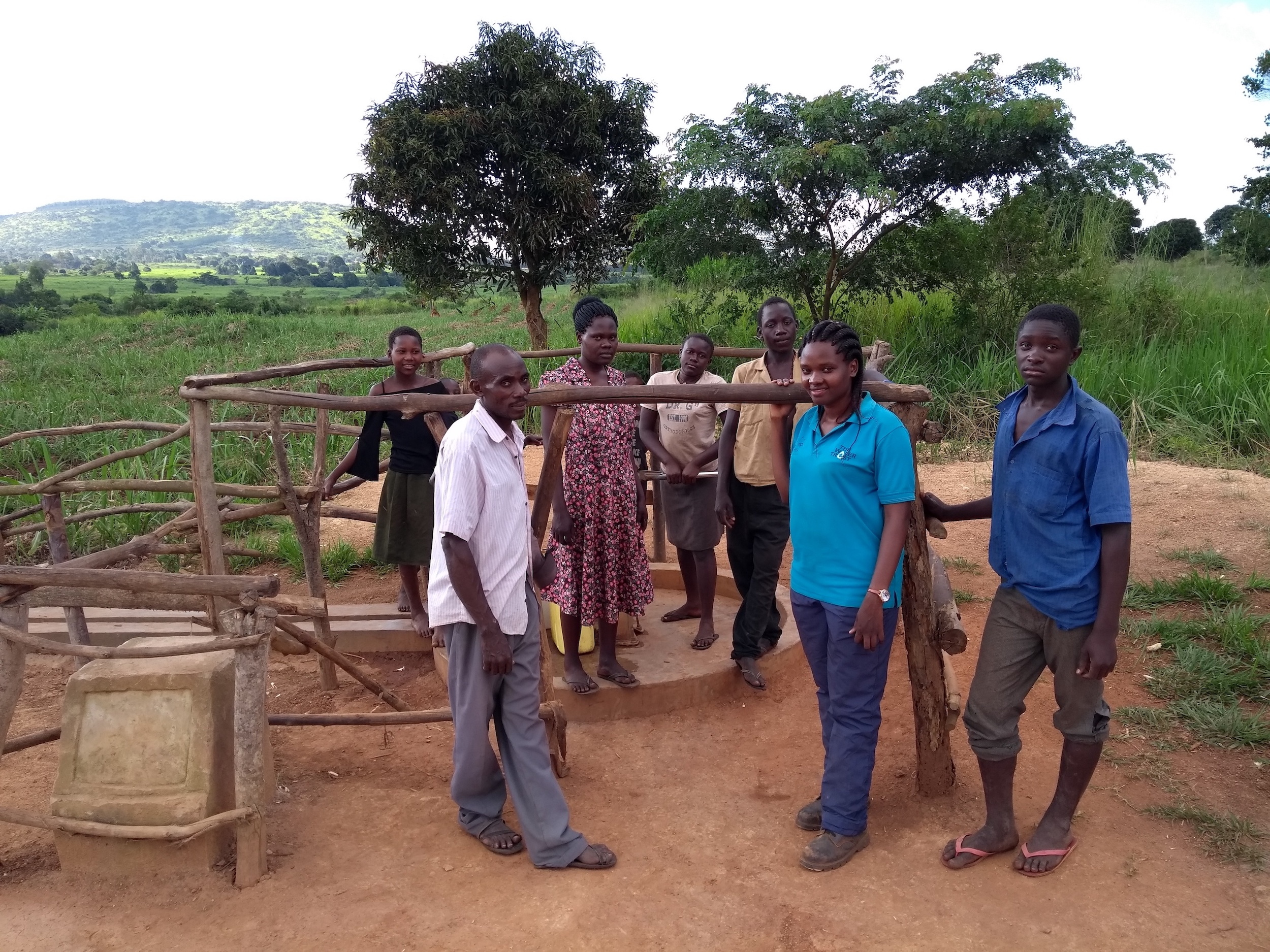 The Water Project : uganda6079-group-photo-with-the-community-members
