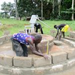 The Water Project: Komrabai Community, 35 Port Loko Road -  Building The Well Pad