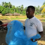 The Water Project: Mapitheri, Port Loko Road -  Bednet Demonstration