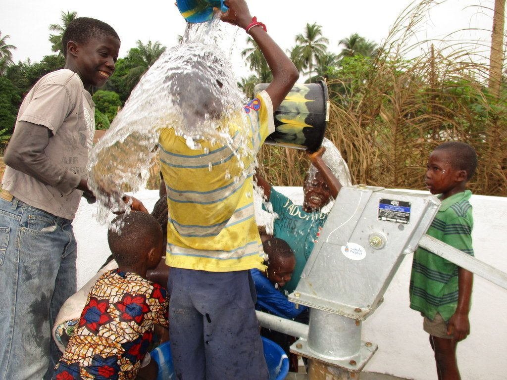 The Water Project : sierraleone18272-excited-for-reliable-water
