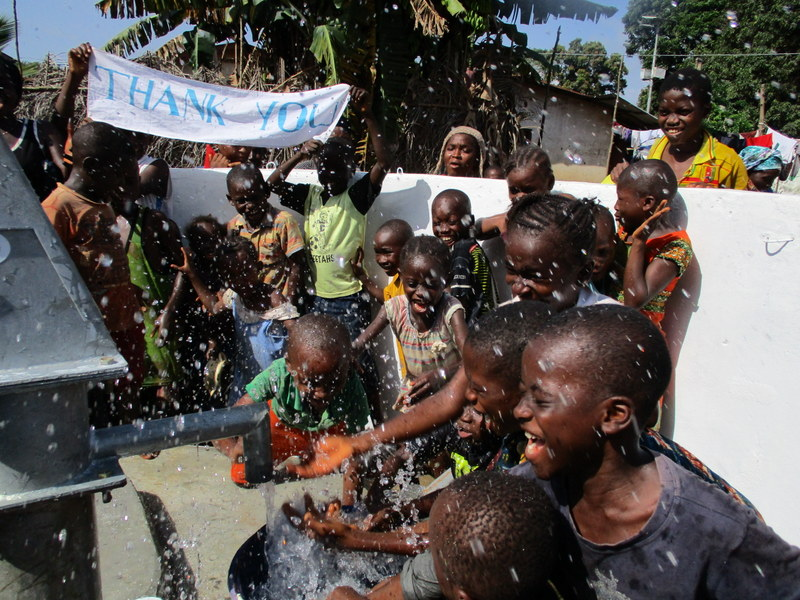 The Water Project : sierraleone18304-kids-play-at-the-well