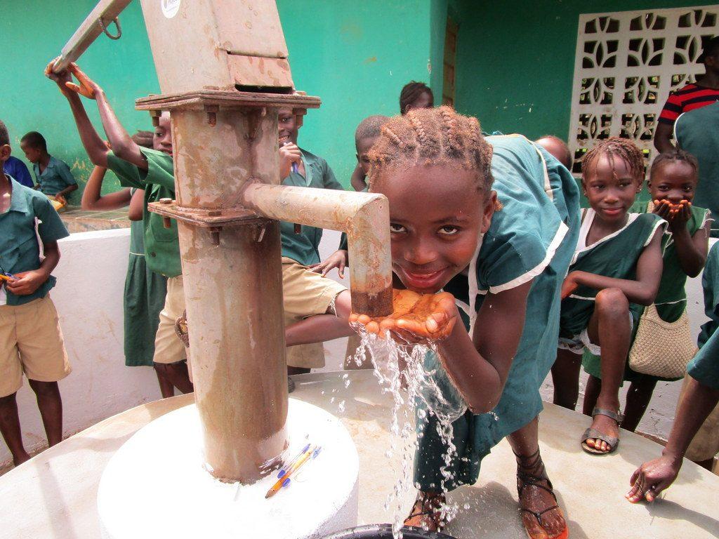 The Water Project : sierraleone18305-water-flowing