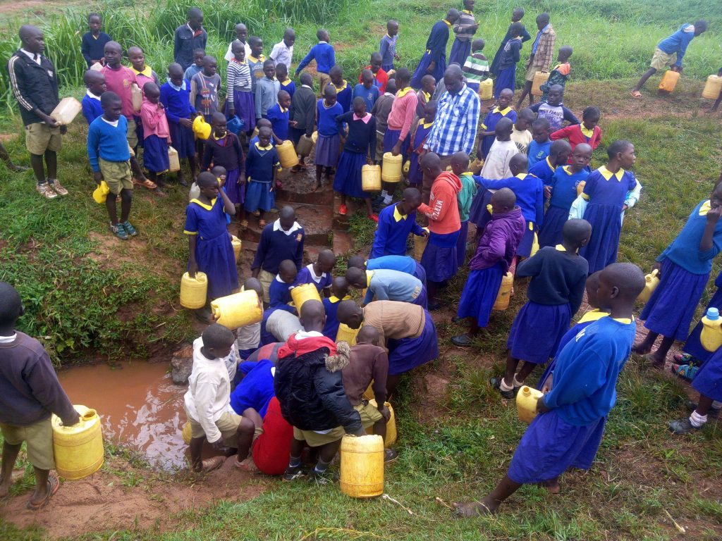 The Water Project : 12-kenya19043-fetching-water