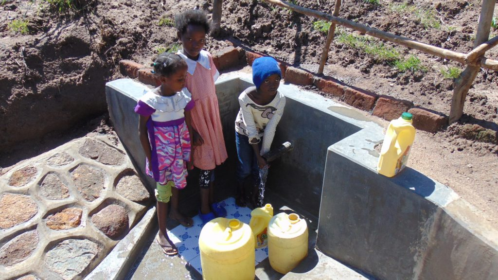 The Water Project : 18-kenya18148-flowing-water