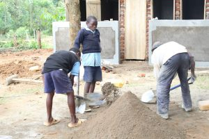 The Water Project:  Students Helping With Construction