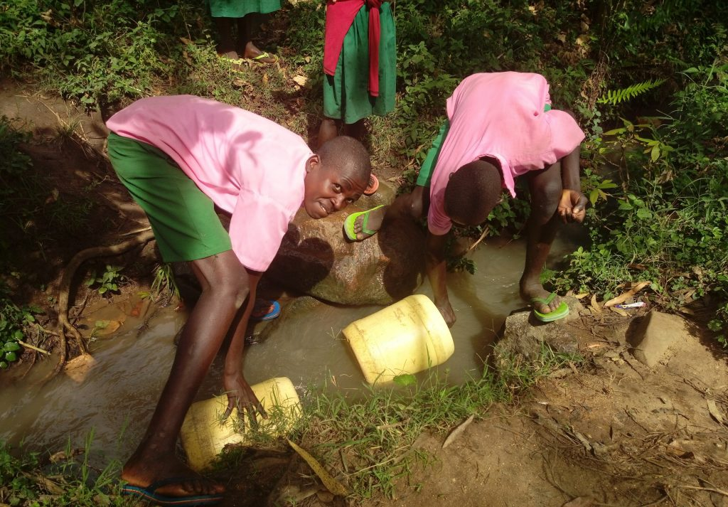The Water Project : 11-kenya19081-fetching-water