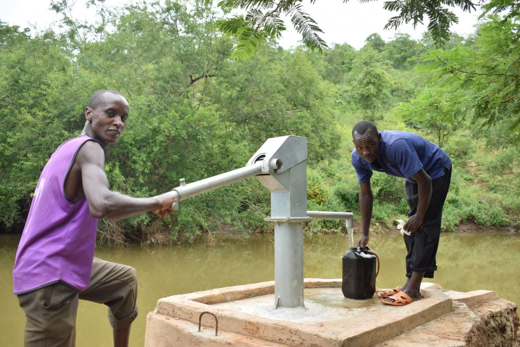 The Water Project : 2-kenya18215-flowing-water