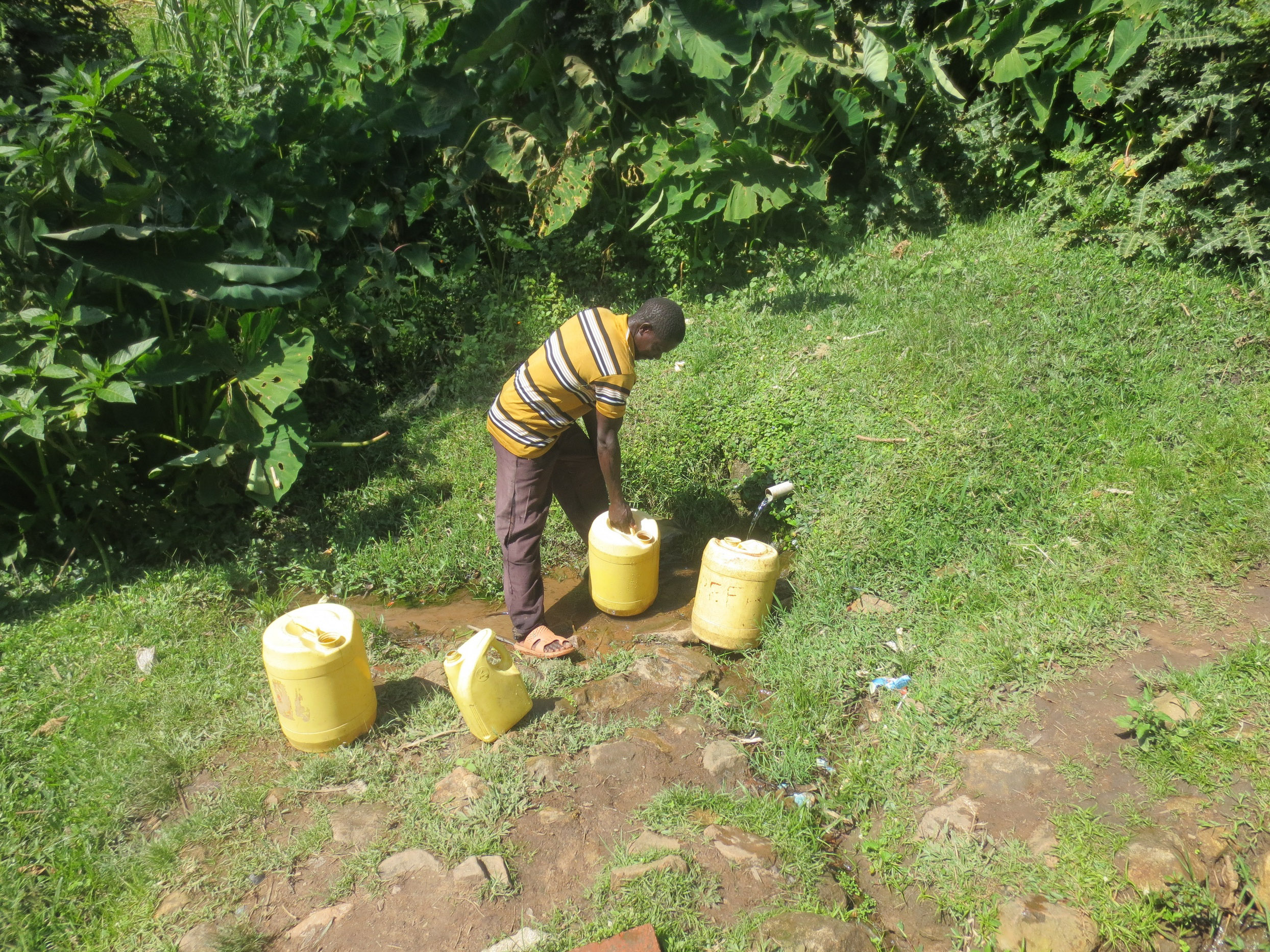 The Water Project : 7-kenya19128-fetching-water