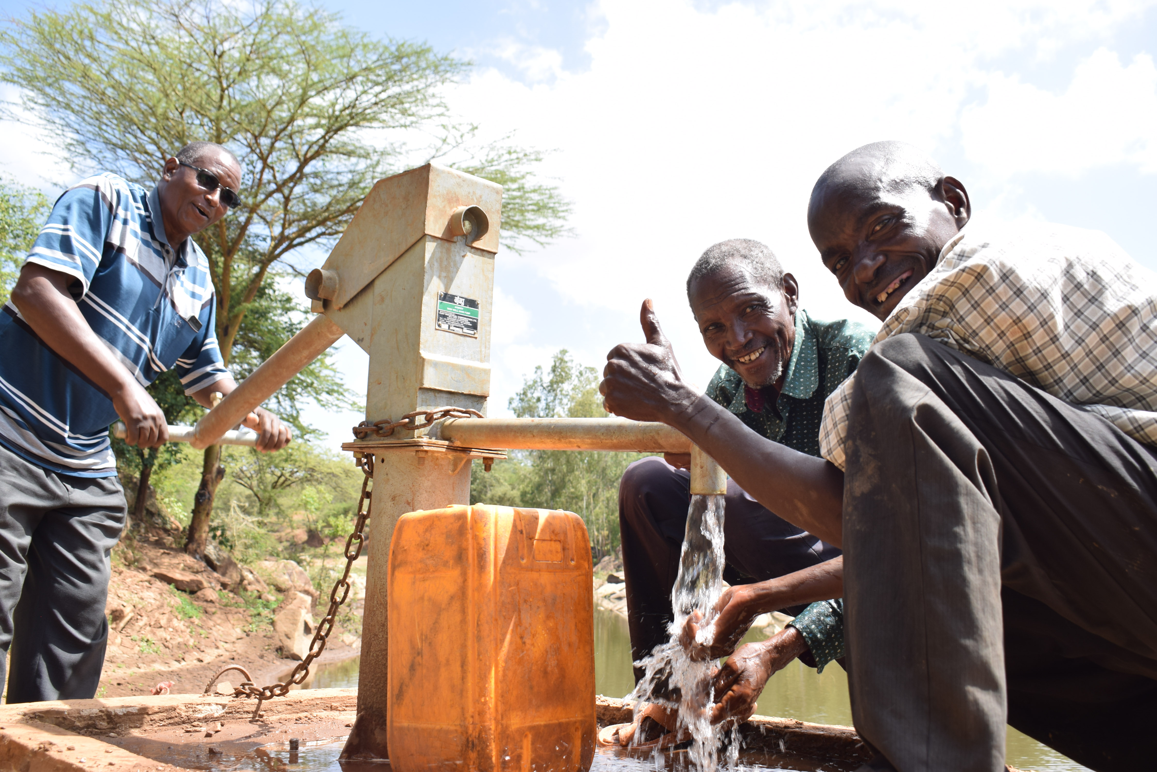 The Water Project : 9-kenya18216-water-flowing