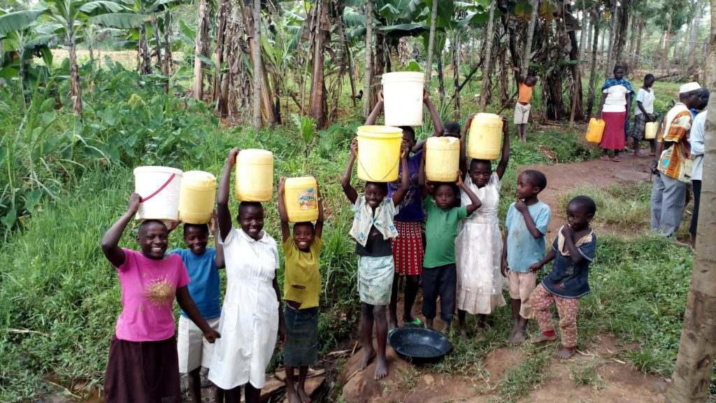 The Water Project : 9-kenya19141-carrying-water