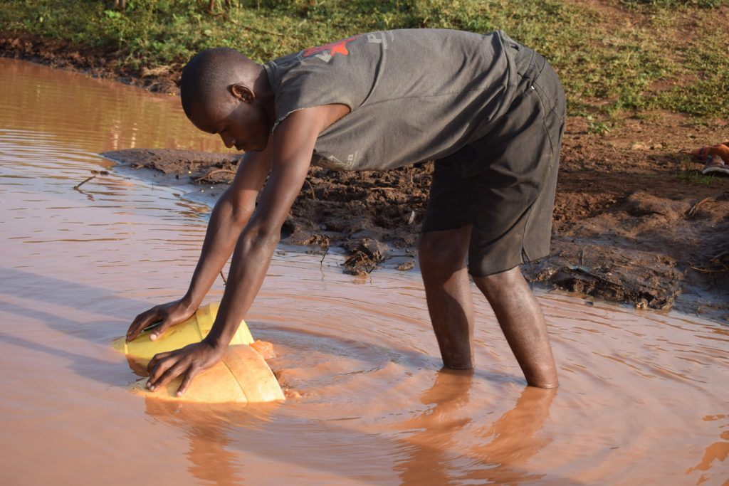 The Water Project : kenya19221-unsafe-water