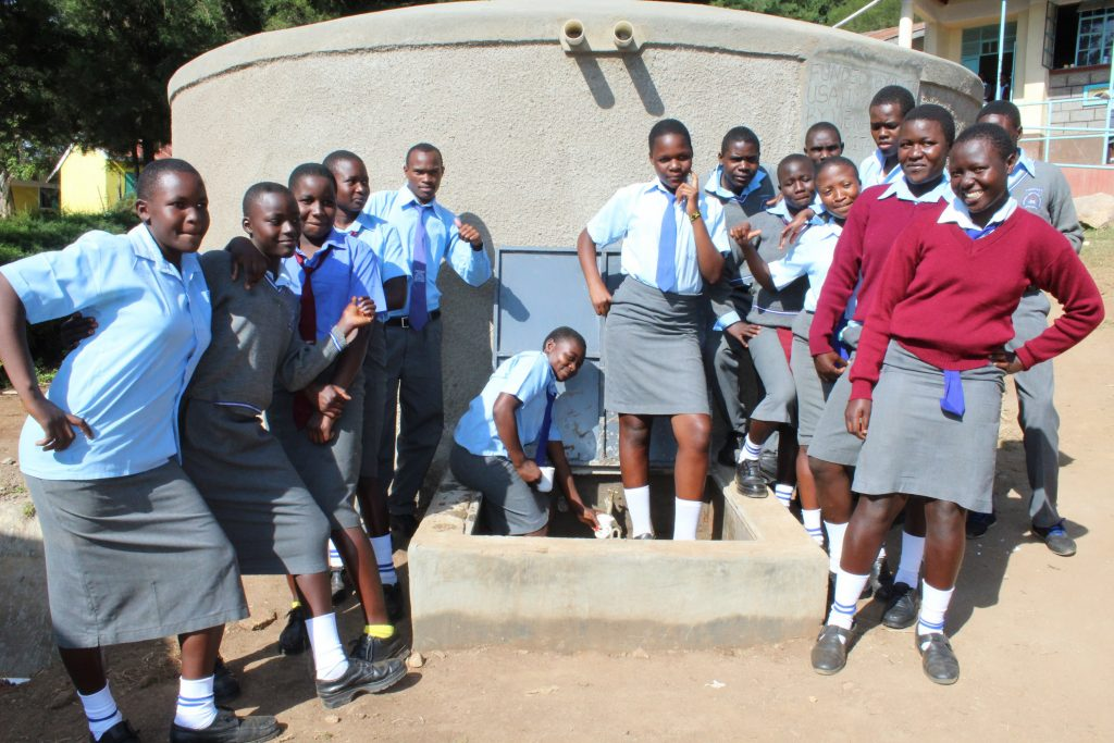 The Water Project : 29-kenya19026-flowing-water