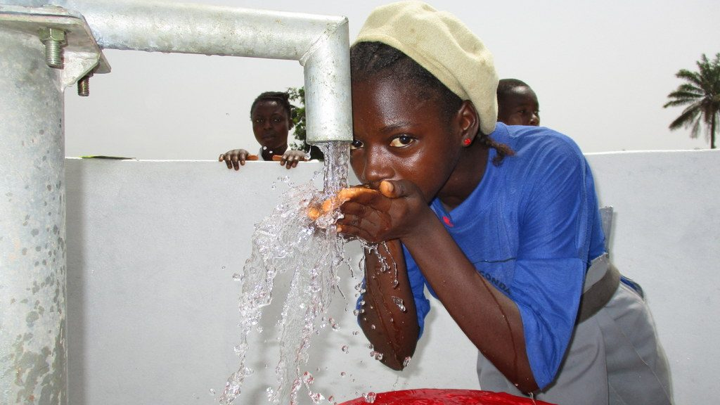 The Water Project : sierraleone19265-students-drinking-water