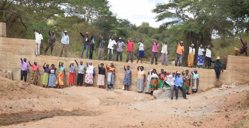 The Water Project : kenya19189-thumbs-up