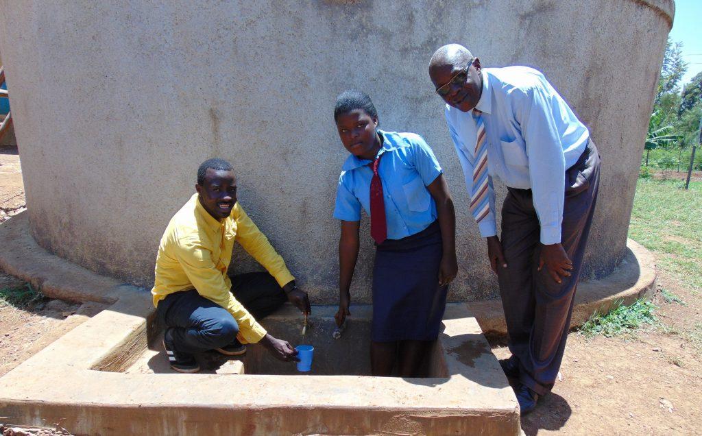 The Water Project : 1-kenya18017-erick-rumona-omulo